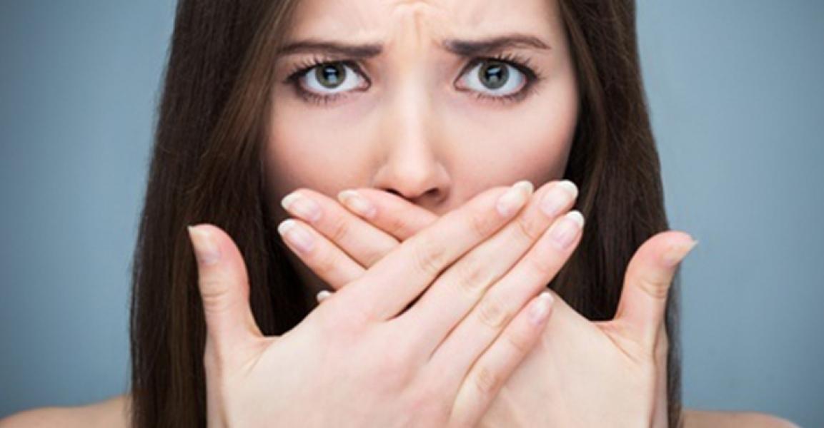11 cose che (forse) non sai sull'alito cattivo
