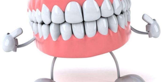 """Denti """"chic"""" e denti """"kitsch"""" o """"la natura del sorriso"""""""